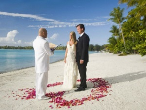Bora Bora St Regis Wedding Pool Beach Villa beach Credit H.Havard